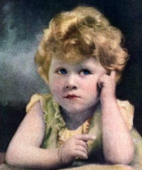 Queen_Elizabeth_II_1929 Age 3