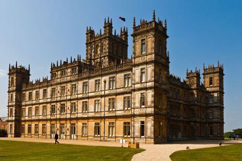 highclere_castle_april_2011